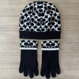 Coach Womens Hat & Matching Gloves